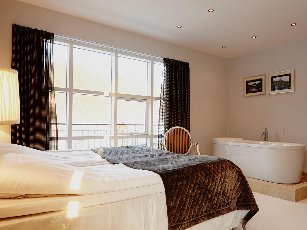 hotel med badekar Fotos af værelser og suiter på Hotel Vejlefjord hotel med badekar